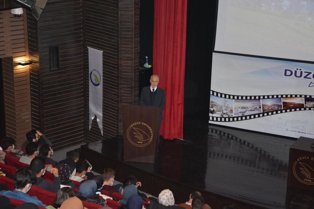 Üniversitemiz İlahiyat Fakültesi Hz. Muhammed ve Vefa Başlıklı Konferans Düzenledi